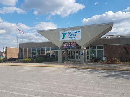YMCA_Front_Enter_2017